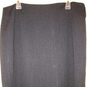 Classic dark navy pencil skirt lined size 16